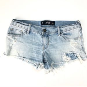 Hollister Low Rise Shorts 5 27 Distressed Festival